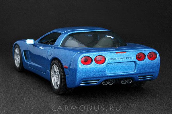 Chevrolet Corvette C5 Coupe (1997) – MINICHAMPS 1:43