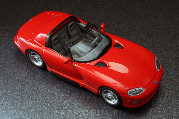 Dodge Viper RT/10 (1992) – MINICHAMPS 1:43
