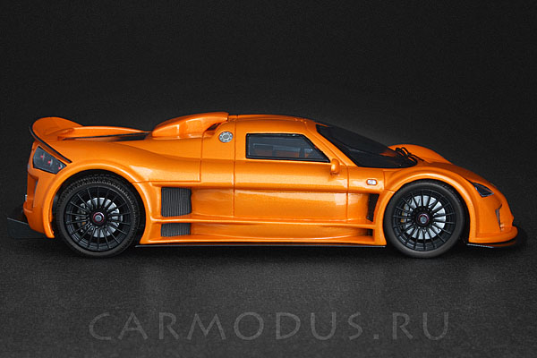 Gumpert Apollo (2006) – Spark 1:43