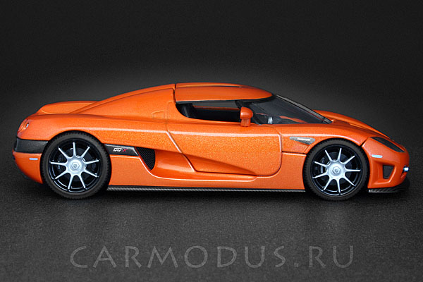 Koenigsegg CCX (2006) Orange – AUTOart 1:43