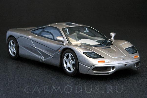 McLaren F1 (1993) – MINICHAMPS 1:43