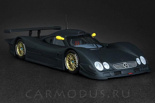 Mercedes-Benz CLR (1999) – Spark 1:43
